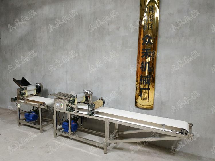 不锈钢款普通仿手工擀面皮成型机厂家直销